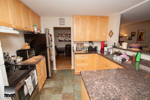 $4000(ORCA_REF#4146V)CANYON HEIGHTS BEAUTY! 4bed rancher alert! North Shore Greater Vancouver Area image 4