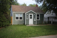 Cozy 2 bedroom home, fenced yard, close to A.H. Browne Park