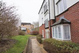 2 bedroom flat in Sturminster Lodge, Sturminster Road, Stockwood, Bristol, BS14 8ED