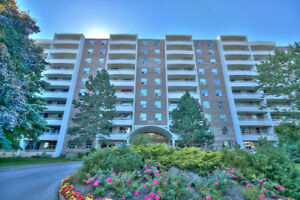 OPEN HOUSE: Newly Updated 2 Bedroom Condo!