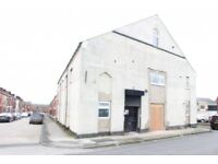4 bedroom flat in Weatherfield House Park Street, Farnworth, Bolton, BL4