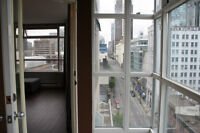 Bright 1 bdrm in the heart of downtown - w/parking