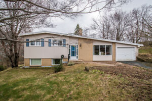 Exclusive Listing in Sought After Clayton Park! 24 Laurentide Dr