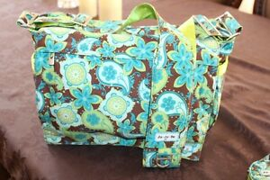 JU JU BE- EXCELLENT CONDITION- DIAPER BAG, PACI-POD, CHANGE MAT! Strathcona County Edmonton Area image 8