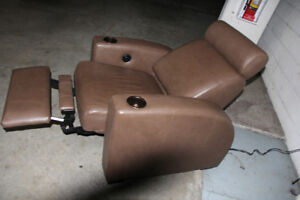 LEATHER THEATER CHAIR, TAUPE COLOR, BRAND NEW, ELECTRIC, RECLINE