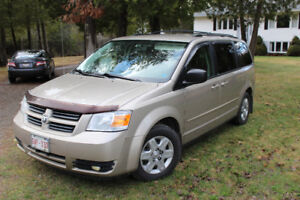 2008 Grand Caravan With Stow & Go Seating