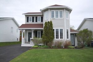 Beautiful 2apt family home in a prime neighbourhood in Mt Pearl