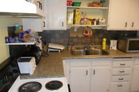 5 Bedroom ($350 & 375 pp) Oxford & Wharncliffe