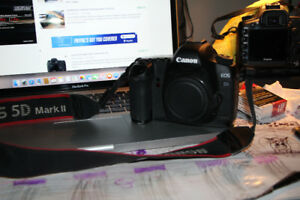 canon 5d mar2 in excellent working order 750$