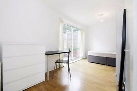 Affordable Rooms in Large House in Putney