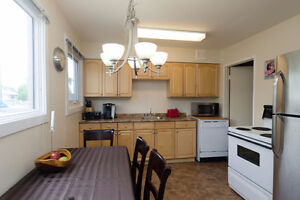 2 bedroom townhouse condo for rent