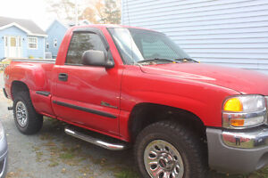 2005 GMC NEVADA EDITION 4x4 Shortbox / Stepside Truck