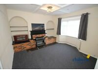 3 bedroom house in Warren Road, 50, LU1