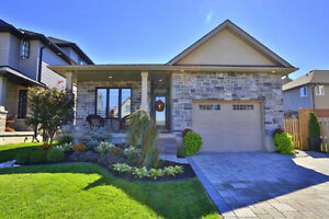 WOODSTOCK***Gorgeous Bungalow for sale by owner