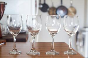 Tall Stem Wine Glass (4x)