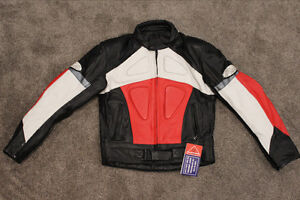 Infinit Sports Small Leather Jacket Armored Padded Motorcycle Wh
