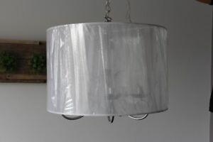 Luminaire gris 20 pc de diamétre,  style baroque neuf
