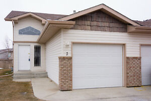 **Open House** 1-3pm This Sat ONLY!!
