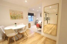 1 bedroom flat in Pembridge Gardens, London, London, W2