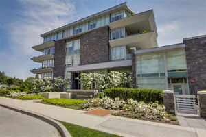 Luxury Condo in Central West Vancouver