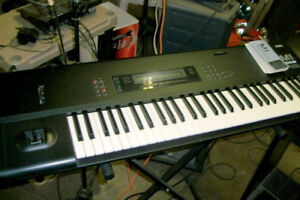 Korg M1 and stand