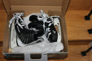 Boys Bauer Hockey Skates.