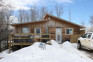 12 Acres on Pincher Creek w/Cabin,Barn,& More