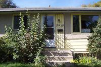2 bedroom, 2 bathroom PET FRIENDLY house with fenced yard $1295