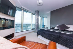 Pearl Stunning Luxury Condo, Fully Furnished - Must See!