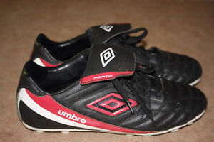 Umbro soccer cleats - size 7