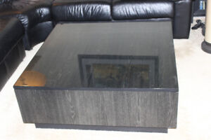VINTAGE MODERN BLACK GRAIN COFFEE TABLE AND END TABLES