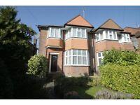 3 bedroom house in Linkside, West Finchley, N12