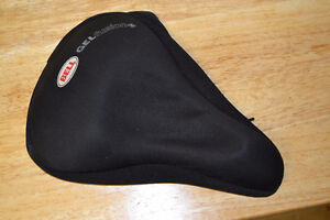 """Bell """"Gel Fusion"""" Bike Saddle Cover and Standard Saddle"""