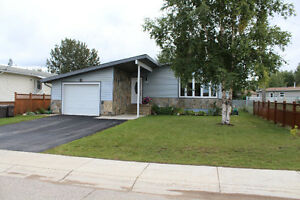 Home For Sale in Hay River, NT
