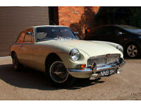 MG B GT 1969 OLD ENGLISH WHITE FULL RESTORATION, SHOW WINNING EXAMPLE