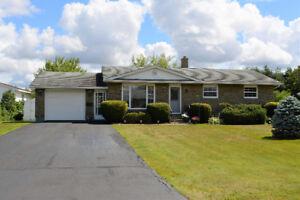 House for sale/ Maison a vendre