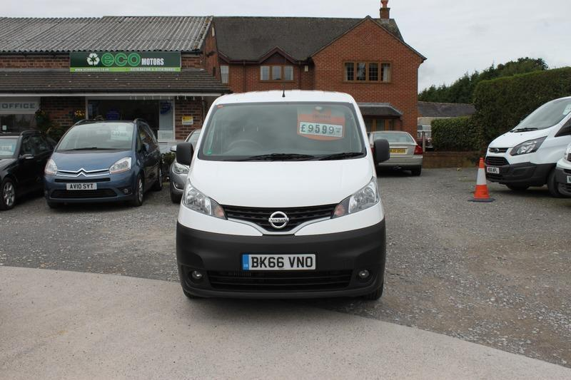 b5389620d2 Nissan NV200 DCI ACENTA 5 Seat 1.5 DCi 90PS - One Owner - Full Service  History