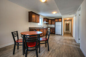 5 bed 2 bath apartment for rent 2-12 month AC in-suite laundry