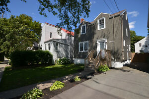 Beautifully maintained 3 BED home in West Halifax!