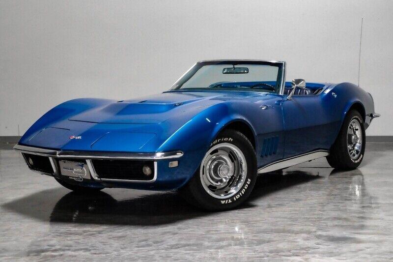 1968 Blue Chevrolet Corvette     C3 Corvette Photo 6