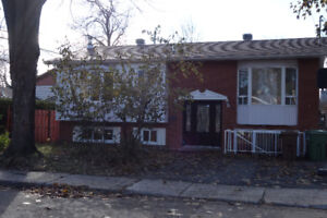 Very spacious bungalow can accommodate two families MLS 27725179