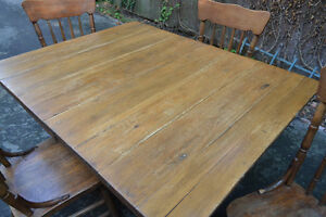 Century Farmhouse Antique Dining Table and Chairs