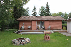 3 bdrm year Round Lakeview Log Home at Bright Sand Lake!