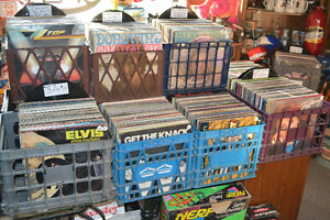TONS OF VINTAGE & SOME NEW SEALED UNOPENED VINYL! Windsor Region Ontario image 3