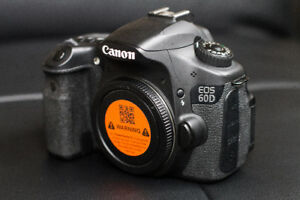 ***CANON CAMERA 60D AND 2 LENSES FOR SALE*** EXCELLENT CONDITION