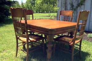 Vintage Solid Oak Table and Four Chair Set
