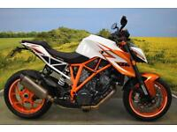 KTM Superduke R 2016 ** SE SPEC, AKRAPOVIC EXHAUST, 517 MILES, ONE OWNERS **