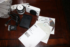 Brand new Nikon 1 J1 camera for sale!!!!!!!!!