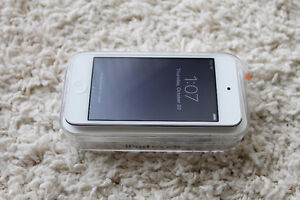 iPod Touch 16GB Silver 6th Generation