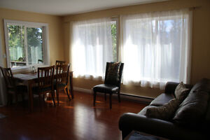 Sunnybrae,Tappen house for rent, private close to Salmon Arm